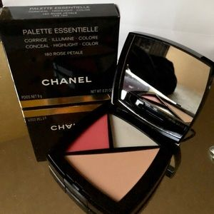 Chanel Palette Essentielle in 180 Rose Petal